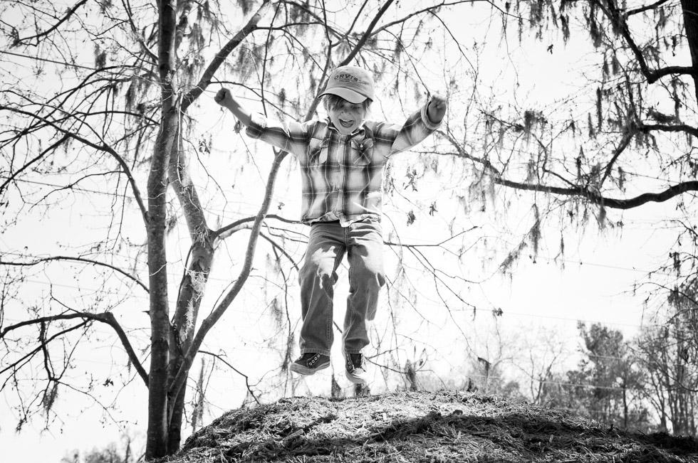 david_mandel_photography_kid_jumping