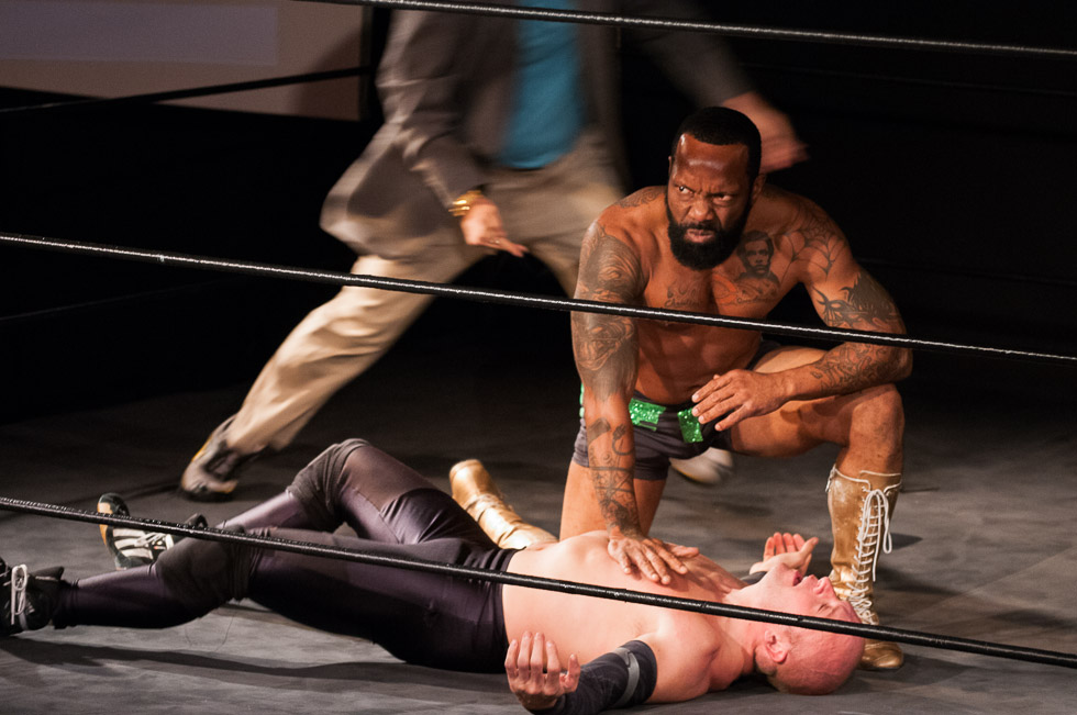 david_mandel_photography_wrestling_theatre_pure_chad_deity